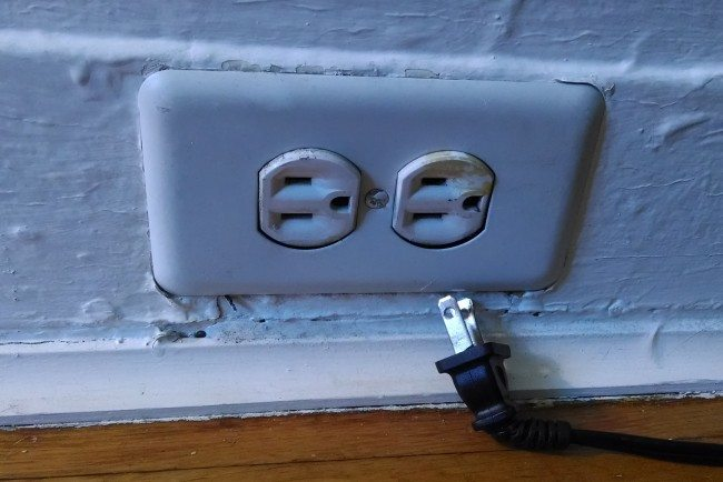 Fix It Friday How To Replace An Electrical Outlet