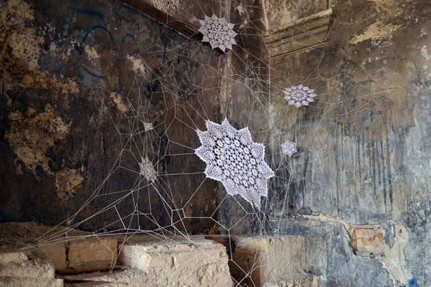 crochet-lace-street-art-nespoon-9