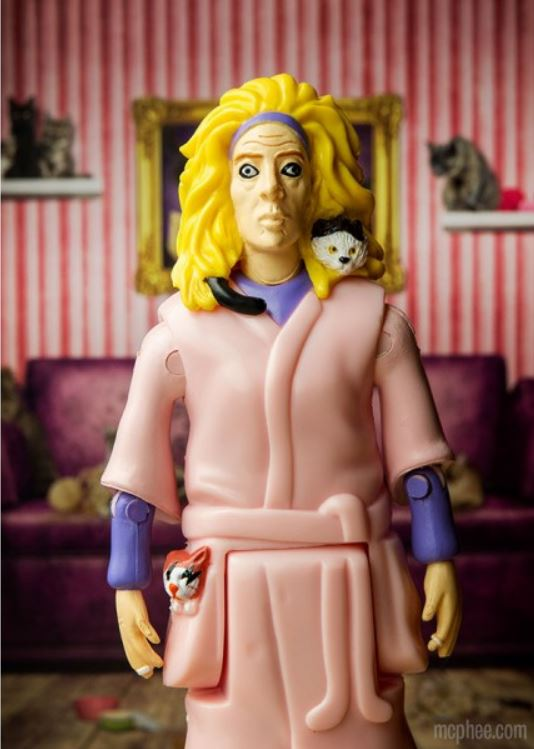Crazy Cat Lady_Action Figure_solo