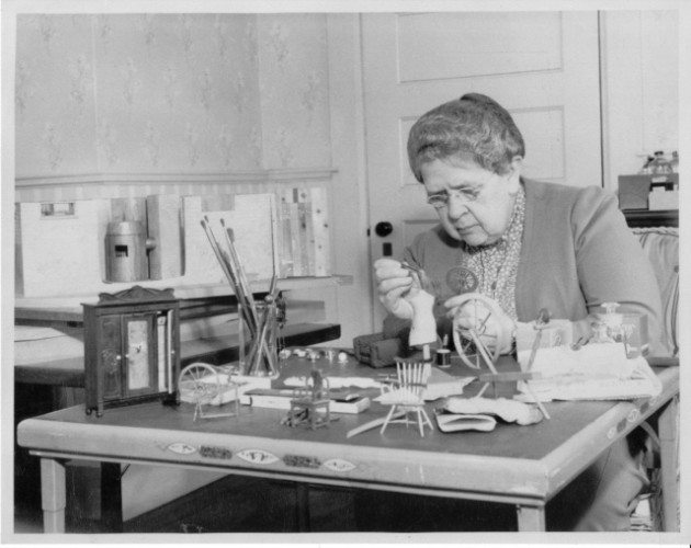 [Frances Glessner Lee. Courtesy of the Harvard Associates in Legal Medicine]