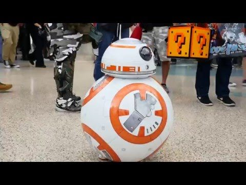 BB-8 vs. Alien Queen: Cosplay-Loving Sisters Kayla and Zoe Steal The Show At WonderCon
