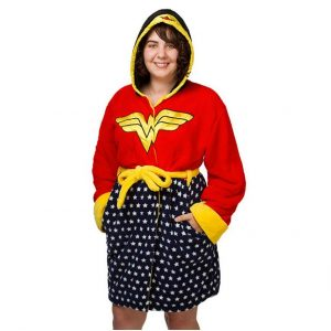 imml_wonder_woman_robe_hood_up