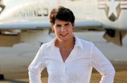 amy mcgrath headshot